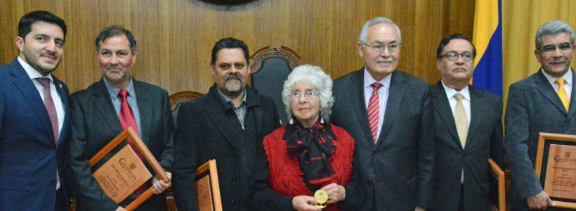 Concepción premia a sus ciudadanos destacados
