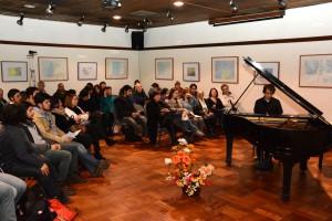 gran público y pianista varón