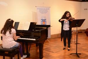pianista y violinistas