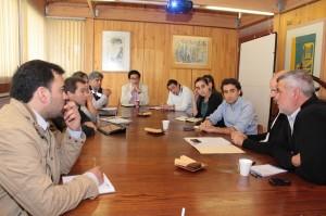 Mesa Ciudad con profesionales de TECHO, para explorar necesidades en el ámbito de la vivienda social y el proyecto INES. Martes 12 de Noviembre 2013-12-04