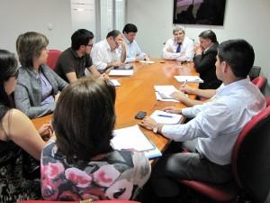 Parte del equipo de coordinación proyecto CD INES UBB en reunión de trabajo