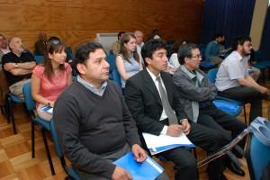 Investigadores universitarios y de la Industria Regional participantyes en el Encuentro