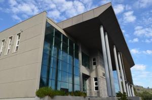 Dr.  Ariel Bobadilla Saluda e Introduce la temática del Seminario sobre Hermeticidad al Aire en Edificios